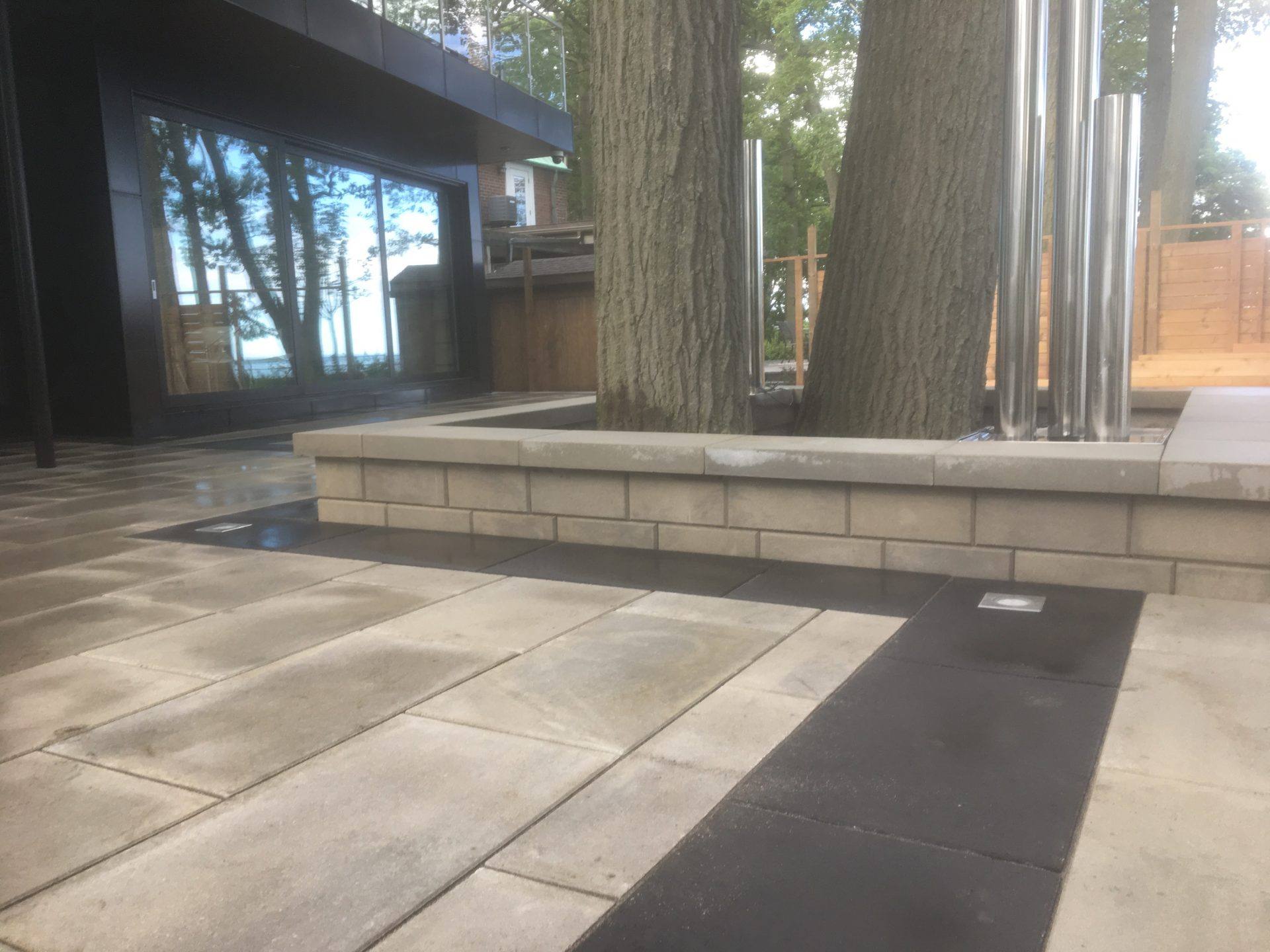 interlock stones and retaining wall